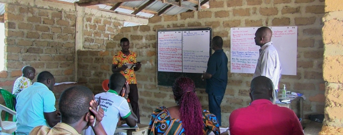 SUB: Staff of the Sustainable Development Institute conducts a capacity building exercise in Zorzor district, Liberia